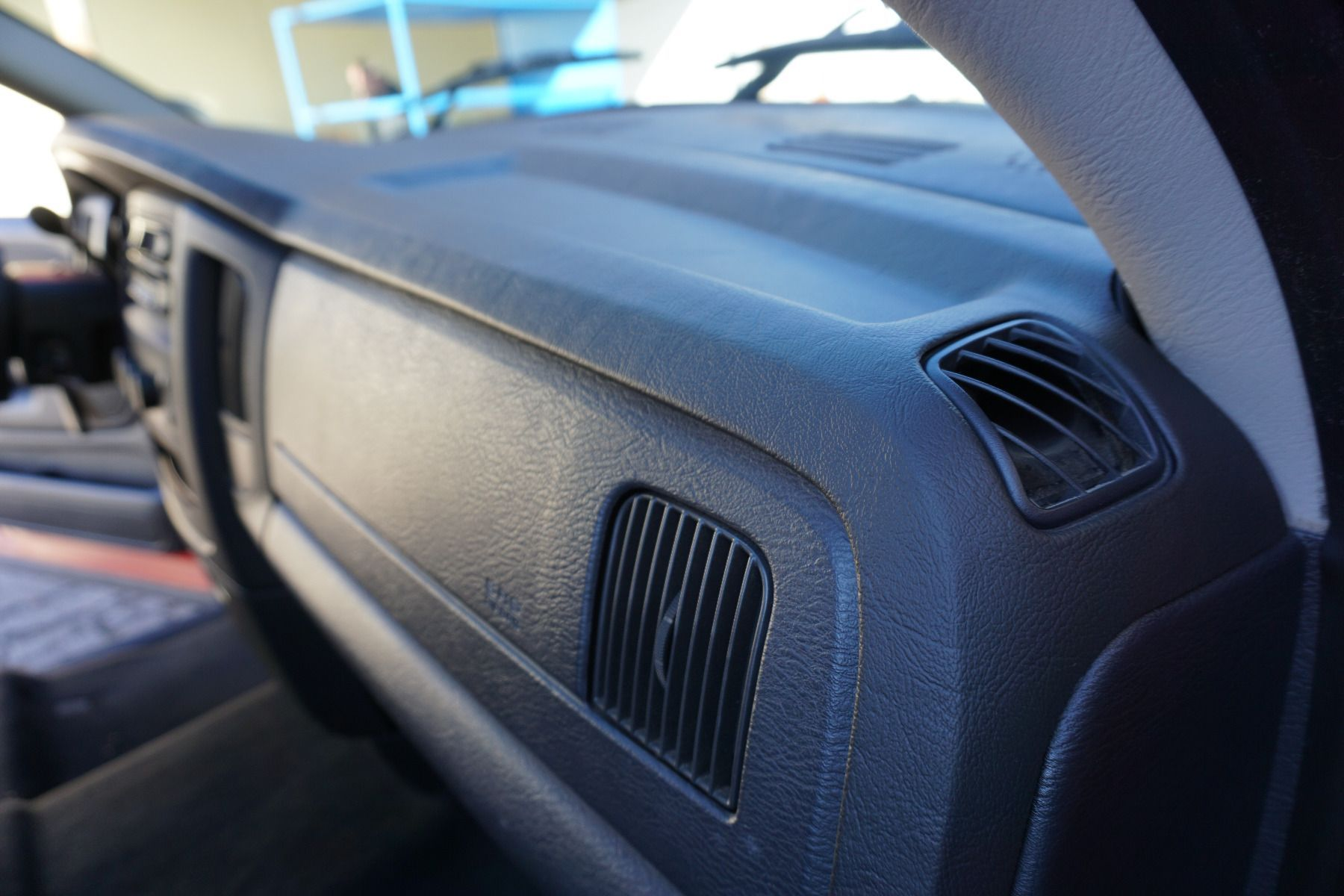 2002-2005 Dodge Ram DashSkin Dry Fit